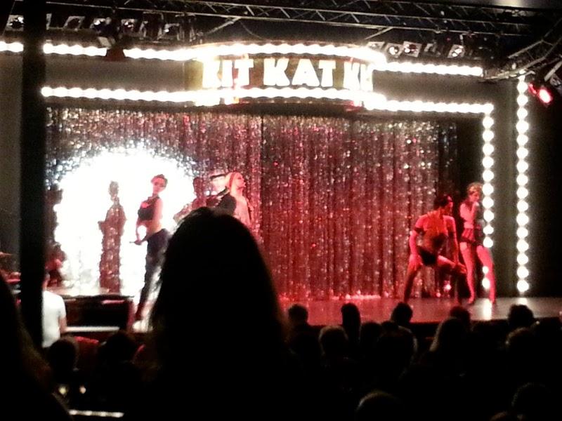 Cabaret performers