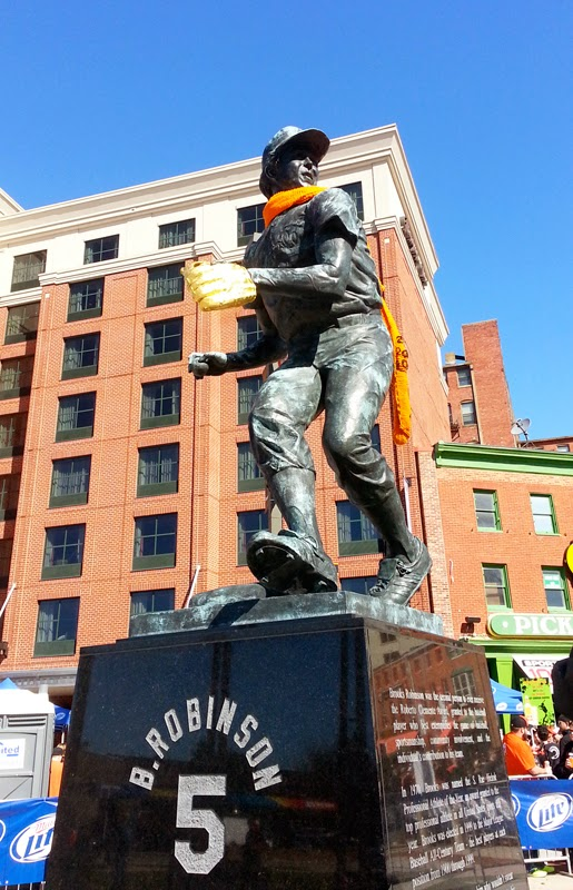 Statue of B. Robinson